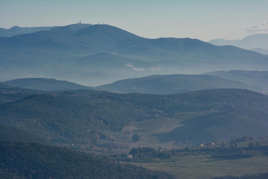 Punti di distribuzione BTS a Monte Cosce e Monte San Pancrazio, Calvi dell'Umbria Terni